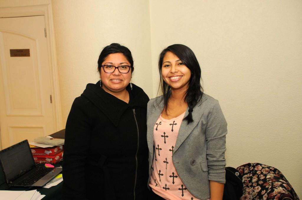 Luisa Esparza, Secretaria de la Sociedad, y su hermana Fabiola: el alma de la organización de nuestro evento.